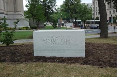 Original FDR Memorial - National Archives